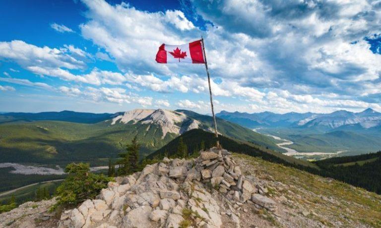 چگونه CV کامل برای کار در کانادا بنویسید