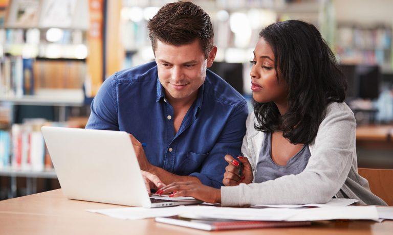 مجوز کار برای همسر در کانادا  Spouse Work Permit Services Surrey