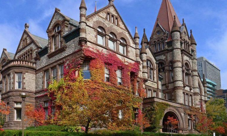 معرفی برترین دانشگاه های کانادا