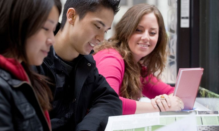 اجازه کار در کانادا :جریان استعدادهای جهانی  Canada Work Permit: Global Talent Stream