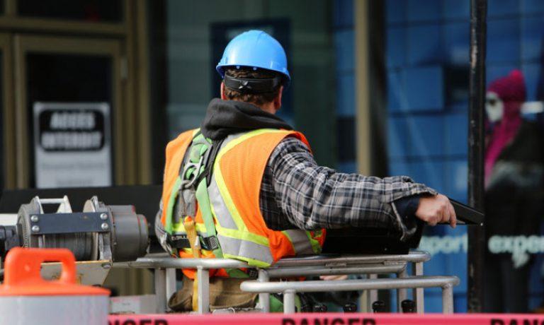 نحوه درخواست اقامت دائم کانادا در برنامه کارگر ماهر SKILLED WORKER PROGRAM