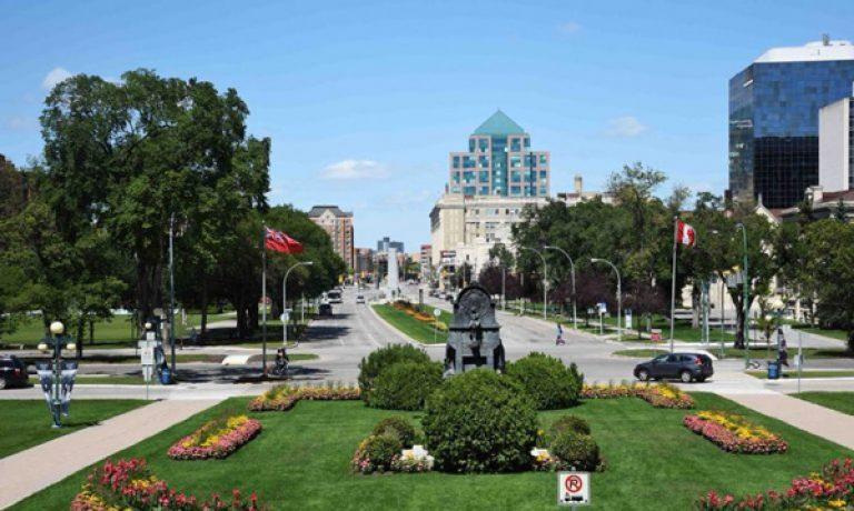 مهاجرت به کانادا و ۱۰ فانتزی درباره وینپینگ