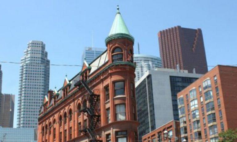 ۶ دلیل اینکه بازار املاک در کانادا یک مکان امن برای سرمایه گذاری است